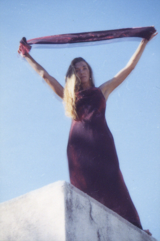 WOMAN IN RED/ROOF - CMT - photography - photo ID# aquawoman CT008